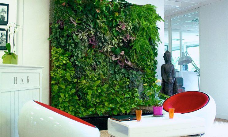 artificial plant manufacturers